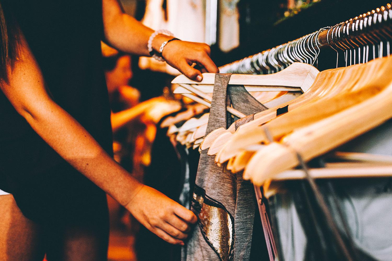 retail-clothes